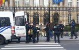 La Belgique a voté l'euthanasie des enfants – Quelques sentinelles ont déposé des couronnes mortuaires devant le Sénat