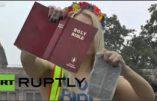Qui paye Femen pour partir au Texas déchirer la Bible ?