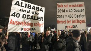 pegida-vs-dealers