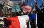 Le nouveau Charlie Hebdo provoque de violentes manifestations devant le Consulat de France à Karachi