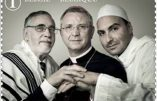 Un timbre œcuménique avec un évêque homosexualiste