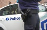 Deux policiers agressés au couteau à Bruxelles, un acte terroriste pense le parquet