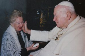 """""""Saint"""" Jean-Paul II et son amitié dangereuse avec la philosophe polonaise Anna-Teresa Tymieniecka"""