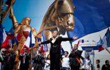 Fini le défilé Jeanne d'Arc du FN ? C'est la demande de Florian Philippot soutenue par Wallerand de Saint-Just