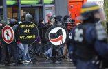 Les anarcho-communistes peuvent manifester, pas les patriotes