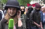 Les nervis ukrainiens de «nuit debout» agressent la journaliste de RT