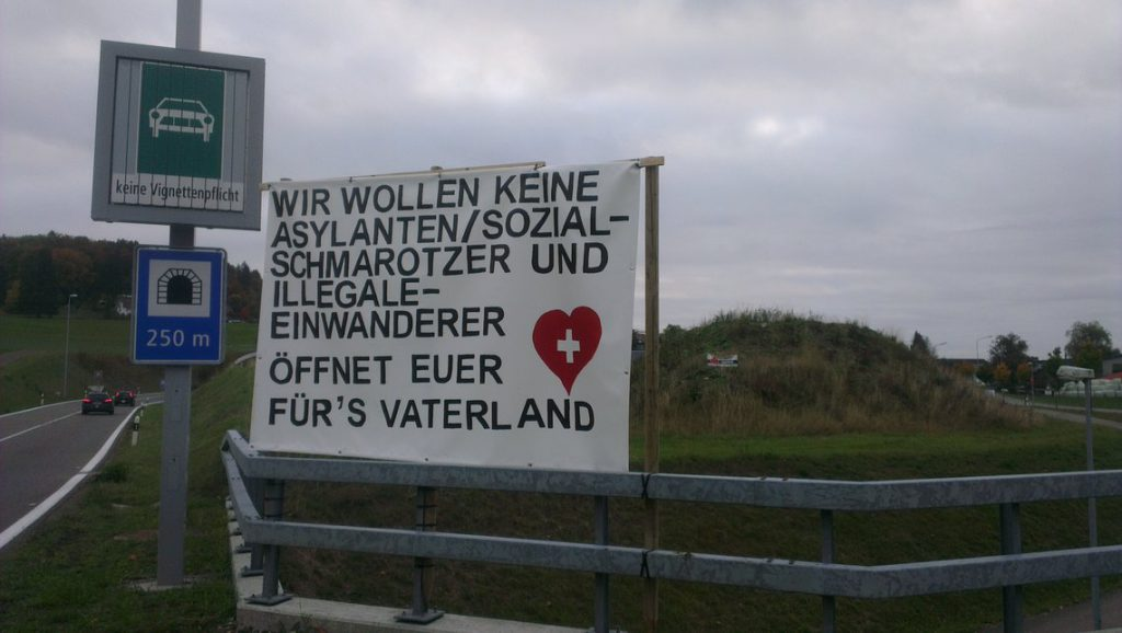 suisse-oberwil-lieli-migrants