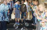 Endoctrinement LGBT : une école organise un «mariage» homosexuel entre enfants