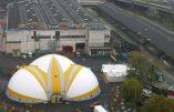 Le premier centre pour migrants de Paris a ouvert ses portes