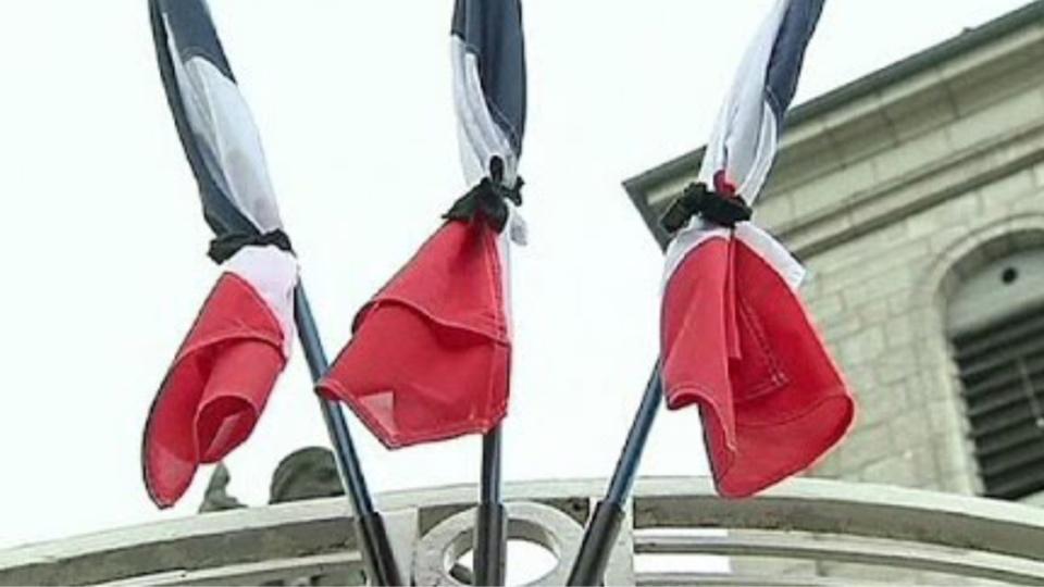 drapeaux-en-berne
