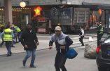 Attentat en Suède : un camion fonce dans la foule et fait trois morts et plusieurs blessés