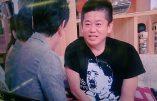 Insolite : un homme d'affaires japonais arbore un t-shirt à l'effigie d'Hitler sur un plateau de télévision nippon