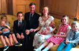 Potentiel futur ministre, le député catholique Jacob Rees Mogg réaffirme son opposition à l'avortement et au «mariage» homosexuel