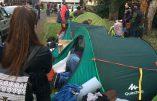 Installation d'un camp de migrants dans l'université de lettres de Clermont-Ferrand