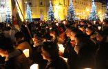 «Marie se tient comme le rempart du catholique» (vidéo de la procession aux flambeaux pour la Fête de l'Immaculée Conception)
