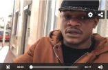 A Calais, le boxeur congolais Youri Kalenga insulte le Christ et déchire une Bible et un Nouveau Testament