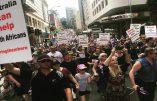 Manifestation en Australie en soutien aux fermiers blancs d'Afrique du Sud victimes de persécutions