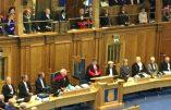 L'Église d'Écosse veut autoriser le «mariage» des invertis dans ses temples