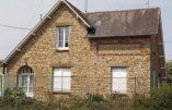 Une caserne de gendarmerie transformée en centre d'accueil d'immigrés à Sens-de-Bretagne