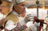 Mgr Marcel Lefebvre : «Si vous ne faites pas quelque chose pour continuer cette Tradition de l'Église que nous vous avons donnée, tout disparaîtra.»