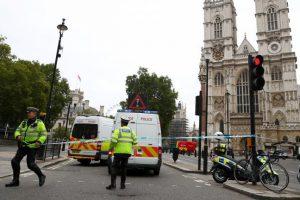 Londres : présumée attaque terroriste à côté de Westmnister