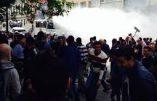 Meeting de la Dissidence Européenne interdit – Les autopompes de la police arrosent la foule