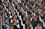 Traditions bretonnes – Le triomphe des sonneurs (vidéo)