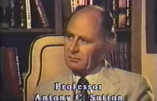 Les banquiers, promoteurs du socialisme sous toutes ses formes, tiennent les rênes du monde – Professeur Anthony Sutton