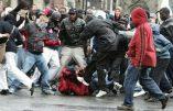 """Une horde barbare de 30 """"jeunes"""" lynche un  homme et prend la gendarmerie d'assaut"""