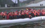 121 députés allemands montent sur un canot pour jouer aux immigrés…