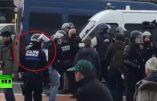 """Le Général Piquemal sera jugé lundi, MAIS encore, """"Russia Today"""" a publié une vidéo qui prend en flagrant délit des policiers…"""