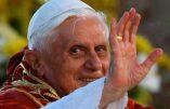Benoît XVI«a une maladie paralysante»