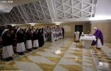 Les prêtres à nouveau dans le collimateur du pape François : pas de miséricorde pour les ennemis de la miséricorde bergoglienne