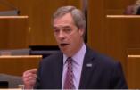 """Nigel Farage au Parlement européen à propos du décret Trump sur l'immigration : """"Vous êtes choqués parce qu'il fait ce pour quoi les électeurs l'ont élu !"""""""
