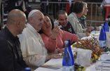 Deux détenus invités à déjeuner avec le pape se font la malle!