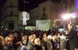 La foule se presse pour admirer la crèche de Noël de la mairie de Béziers