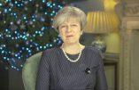 """Theresa May évoque """"l'héritage chrétien"""" mais promeut des lois anti-chrétiennes"""
