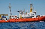 Macron insulte l'Italie mais interdit le débarquement des «migrants» de l'Aquarius en Corse