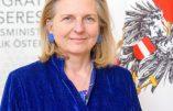 Jean Raspail appelé au téléphone par un ministre… autrichien