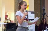 Une jeune patriote allemande gagne un concours antiraciste avec un texte anti-migrants