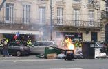 Acte VII à Bordeaux – Installation de plusieurs barricades