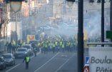 Les gilets jaunes manifestent à Namur et chassent l'équipe de RTL TVI