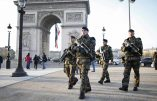 """French soldiers patrol in front of the Arc de Triomphe on the Champs Elysees avenue in Paris, France, as part of France's national security alert system """"Sentinelle"""" after Paris deadly attacks November 27, 2015.  REUTERS/Charles Platiau *** Local Caption *** Les attentats"""