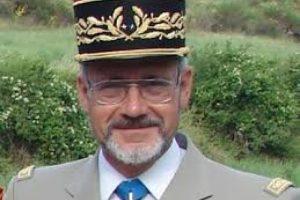 """Le Général Delawarde accusé d'antisémitisme pour avoir parlé de """"la communauté"""" qui contrôle les médias"""