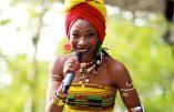 """Fatoumata Diawara : """"Il faut que la jeunesse africaine reste en Afrique !"""""""
