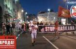 Manifestation serbe contre le masque obligatoire et la dictature sanitaire