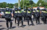 Amsterdam – Images du déploiement policier pour défendre la dictature sanitaire