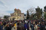 La Grèce se révolte contre les violences policières qui accompagnent la dictature sanitaire