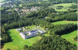 Vue aérienne du monastère de Bouzy-La-Fôret à l'orée de la forêt d'Orléans © monastère de Bouzy-La-Fôret