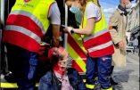 Paris, 29 mai –  «A mort les fachos» : une procession catholique – pourtant autorisée – attaquée par les nervis d'extrême-gauche